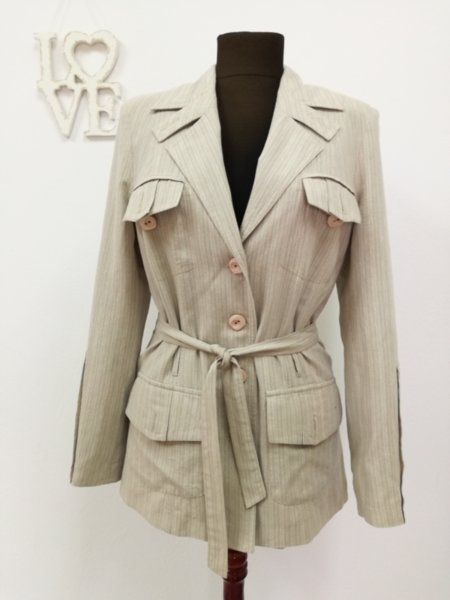 Дамско сако с коланче